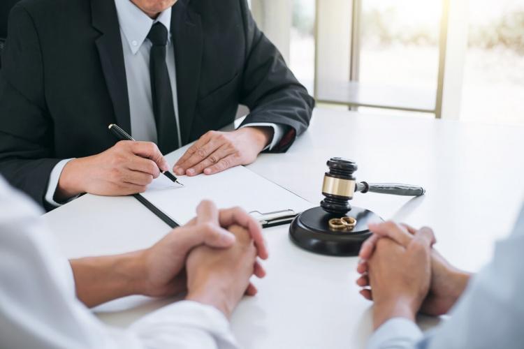 რა საკითხები არ შეიძლება, ჩაიწეროს საქორწინო კონტრაქტში?